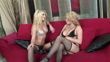 ,Jana Jordan blonde with stockings moans for a finger fuck indoors