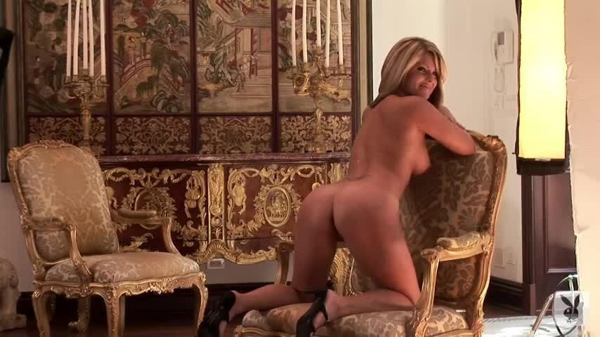 Jennifer Hurt Nude