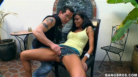 Sexy chick Sea J. Raw gets seduced and wonderfully fucked