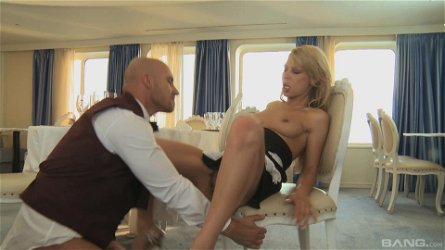 Great fuck in a restaurant with gorgeous blonde Kristi Lust
