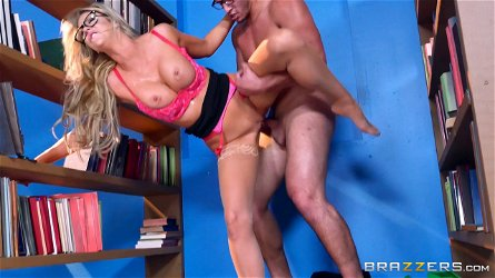 Delicious Courtney Taylor lets the nerdy guy penetrate her sweet pussy