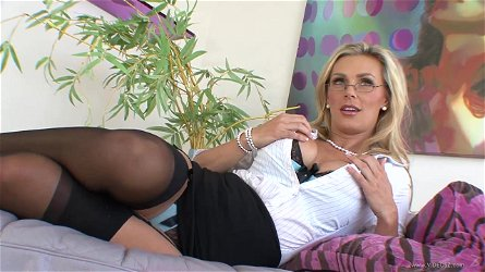 Tanya Tate and Persia Pele play in their dirty lesbian games