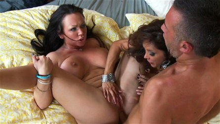 Chloe Reese Ryder and Francesca Le is sharing dick of Keiran Lee