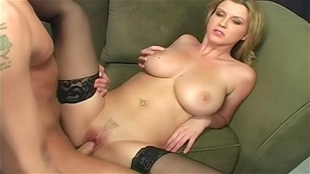 Curvy pornstar Sara Stone stockings sex