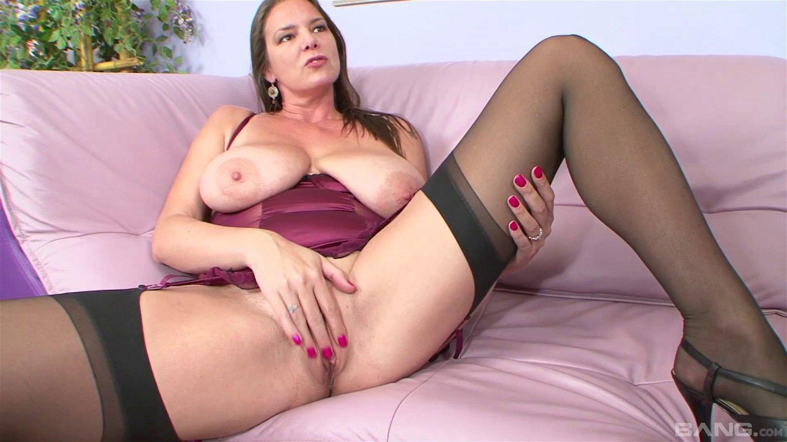 Carrie moon biguz pornstars galleries