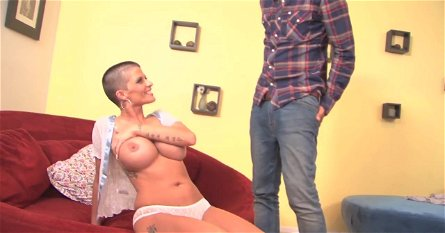 Amazing cock-riding action by insatiable Joslyn James