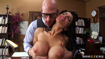 Slutty chick Romi Rain loves the hardcore fucking and huge facial
