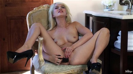 Awesome solo clip with alluring slim blonde Tiffany Fox