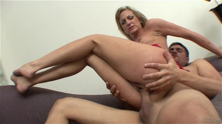 Stunning Val Malone Goes Really Hardcore With A Horny Man