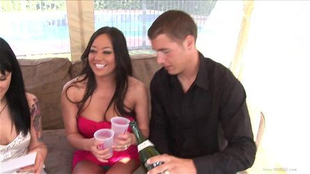 Johnny Sins and his mate know how to please Victoria Sin and Mia Lelani