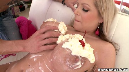 Darcy Tyler smears her big boobs with cream and enjoys hot banging