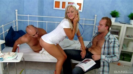 Lovely Honey Winter knows how to satisfy two guys at the same time