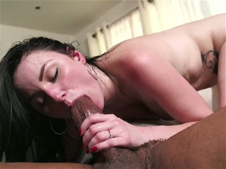 Pallid MILF with sexy booty Veruca James is totally into working on BBC
