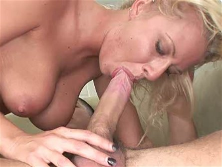 Sexy Riley Evans is a savage and she likes being in charge during sex