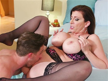 Kinky dude eats pinkish fanny of delicious mommy Sara Jay and then nails it in mish style tough