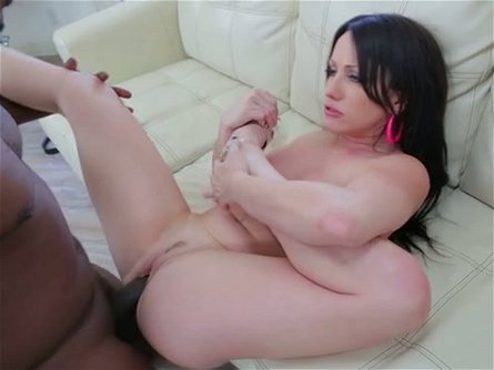 Lustful nympho Jennifer White sure knows how to handle a big black cock