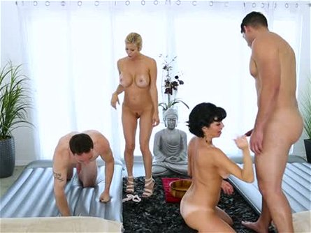 Yummy black haired mommy Veronica Avluv takes part in stout 4 some scene