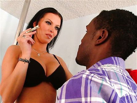 XXXtreme Makeover Milf Edition / Bailey Brooks