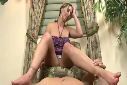 Devon James using her sexy feet