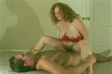 Fat Slut Tara Lee Has Rough Sex On Floor With Cam Shaft