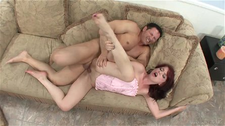 Brunette MILF jessi palmer ass fucked with cum on feet
