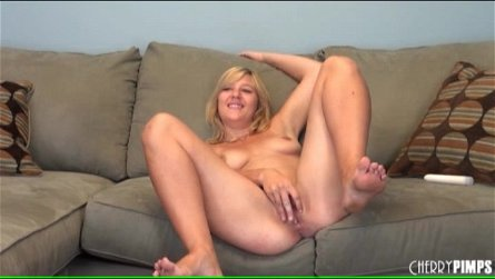 Cute blonde Ashden Wells fingers her cunt