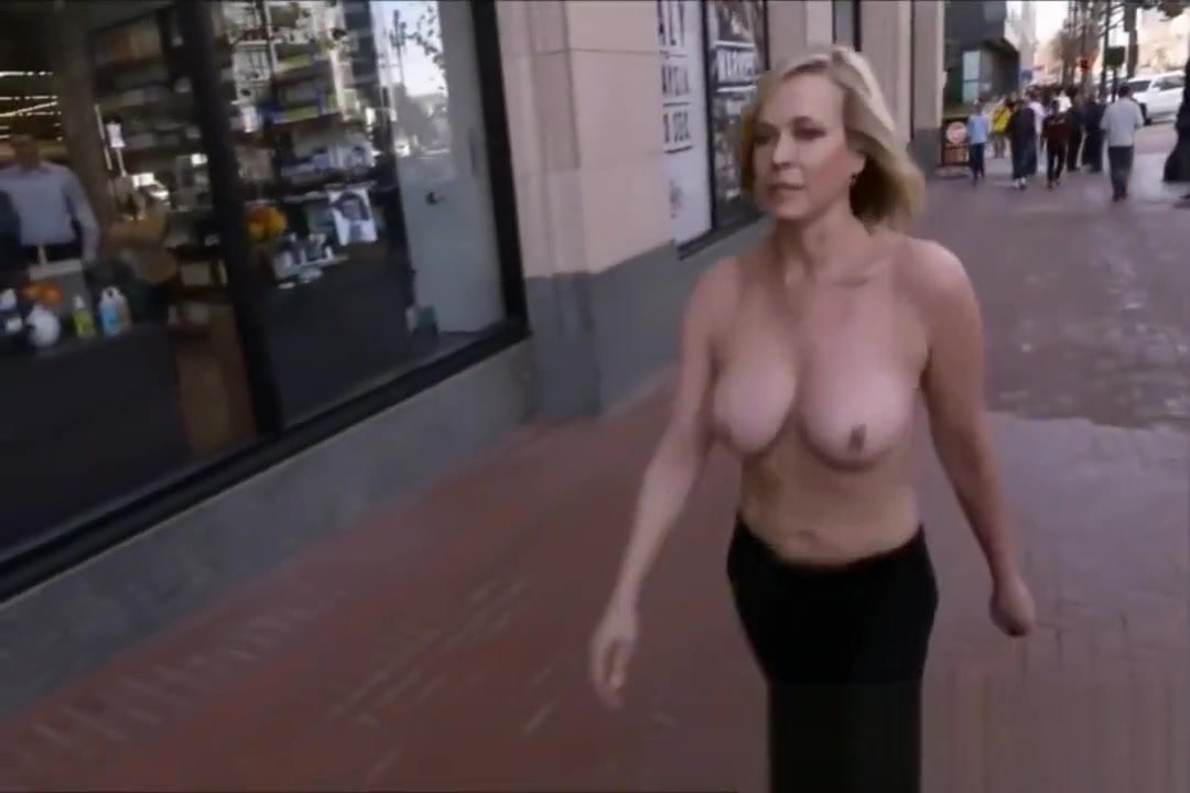 Chelsea handler nude under the shower and in the bathtub