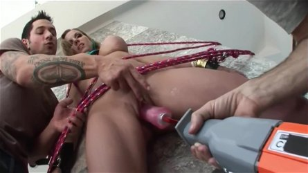 Adorable StepMother Nikki Austin Gets nailed Cool Touching Step son