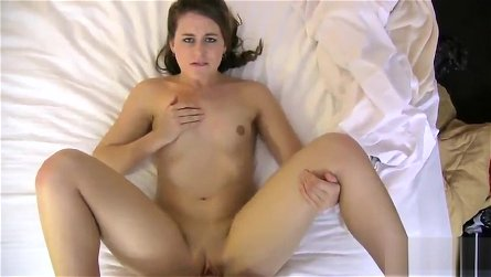Teenager girlfriend Piper Mills in cock sucking porno action
