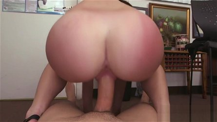 Voracious brunette hottie Kymberlee Anne fucks wildly