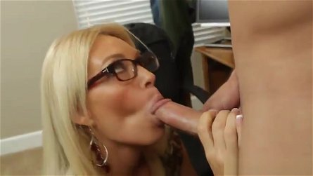 Mature with hot large breasts in blowjob porno movie in office