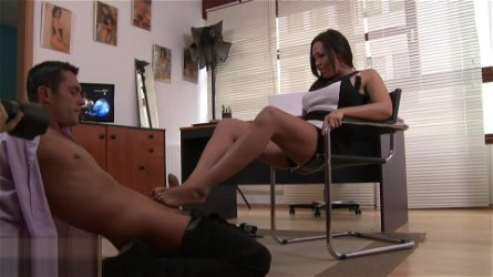 Sexy secretary Rio Lee puts her incredible feet on her bosss dick and pleases him