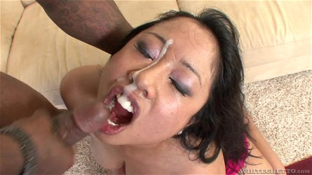 Hardcore interracial fucking with a BBC and Asian girl Kya Tropic