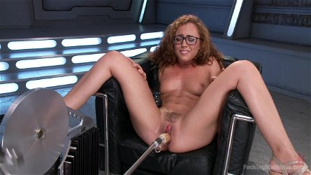 Deep vaginal penetration for amateur girl Roxanne Rae with glasses
