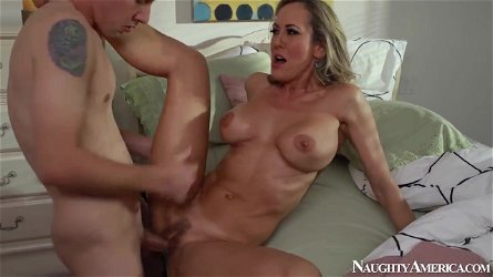 Brandi Love and Jessy Jones in nice milf porn