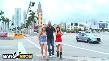 BANGBROS - Carlo Carrera Finds Penelope Tyler &amp_ Dayna Vendetta In Downtown Miami