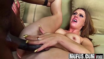 (Scarlett Wild) - Whos the Boss Biatch - Milfs Like It Black